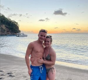 Hollie Doyle and Tom Marquand ring in the New Year as racing couple announce engagement
