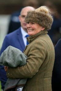 Trainer Zoe Davison dies from cancer on the same day two of her horses claim wins at Plumpton